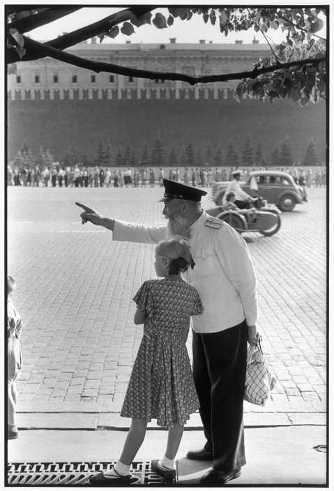 Moscow by Henri Cartier-Bresson '1954