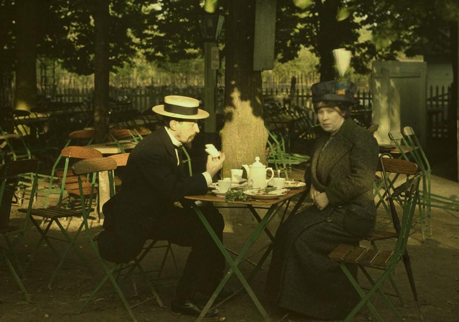 1910 Mrs Corbet and Mr Sano