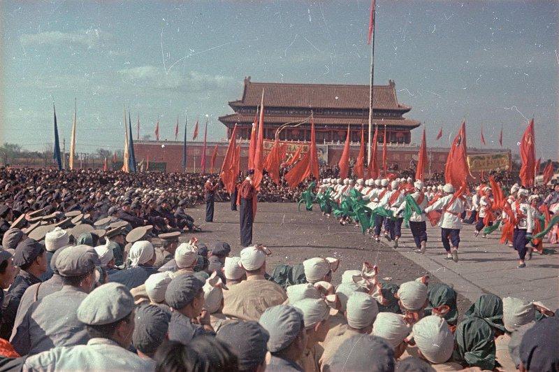 1949 Торжества на площади Тяньаньмэнь 1-го октября 1949 г.