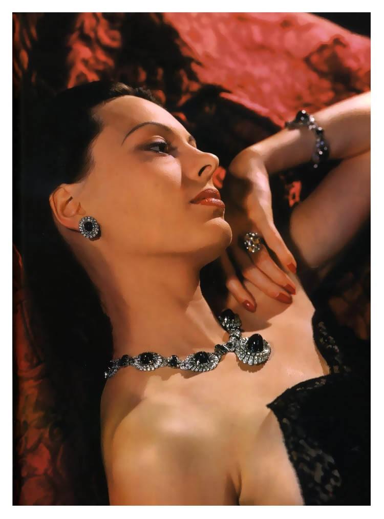 1940 Meg Mundy in Cartier jewels October 15 1940 Photo John Rawlings