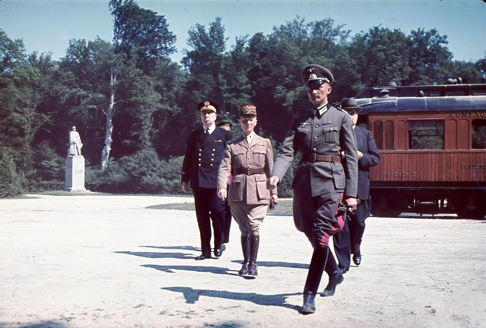 1940 june 21, Compigne General Huntziger