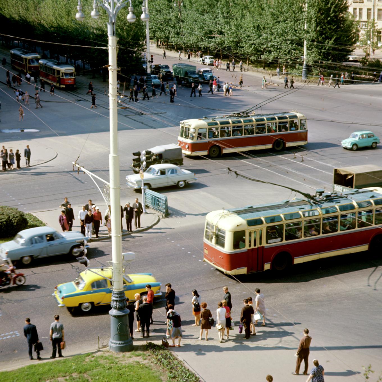 1970 Ломоносовский проспект, пересечение с Ленинским проспектом. Яков Берлинер, РИА Новости