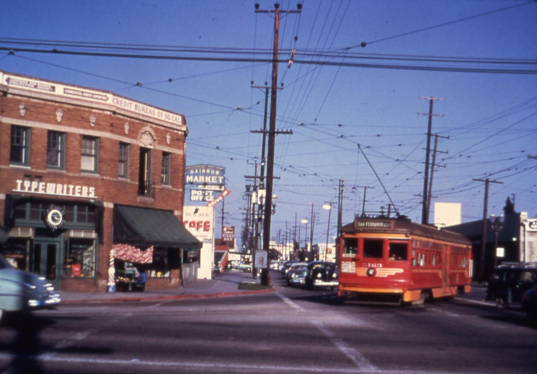 1950 LA in San Fernando Valley Line service swings onto Highland Avenue from Santa Monica Blvd