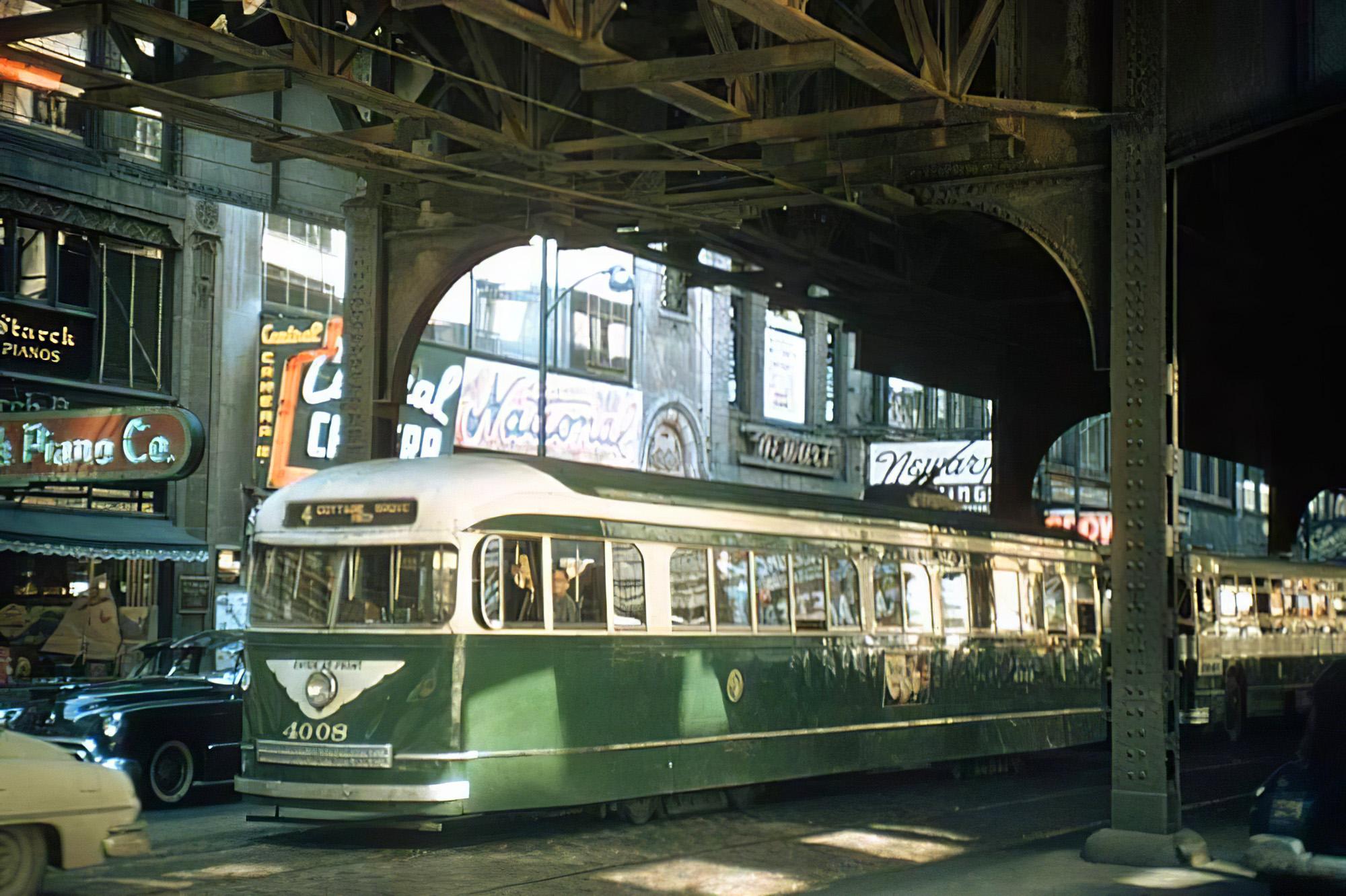1950c Chicago PCC streetcar2