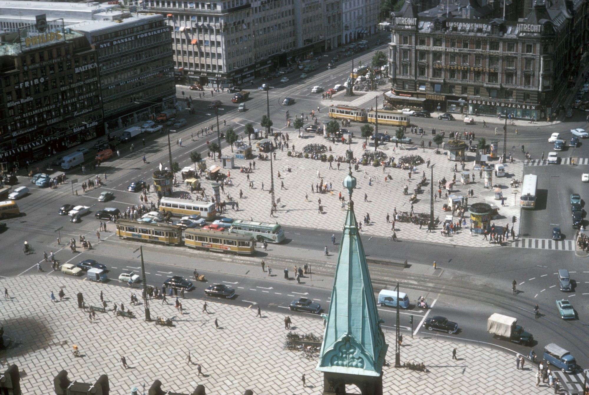 1960 Copenhagen, view of City Hall square from tower by HF