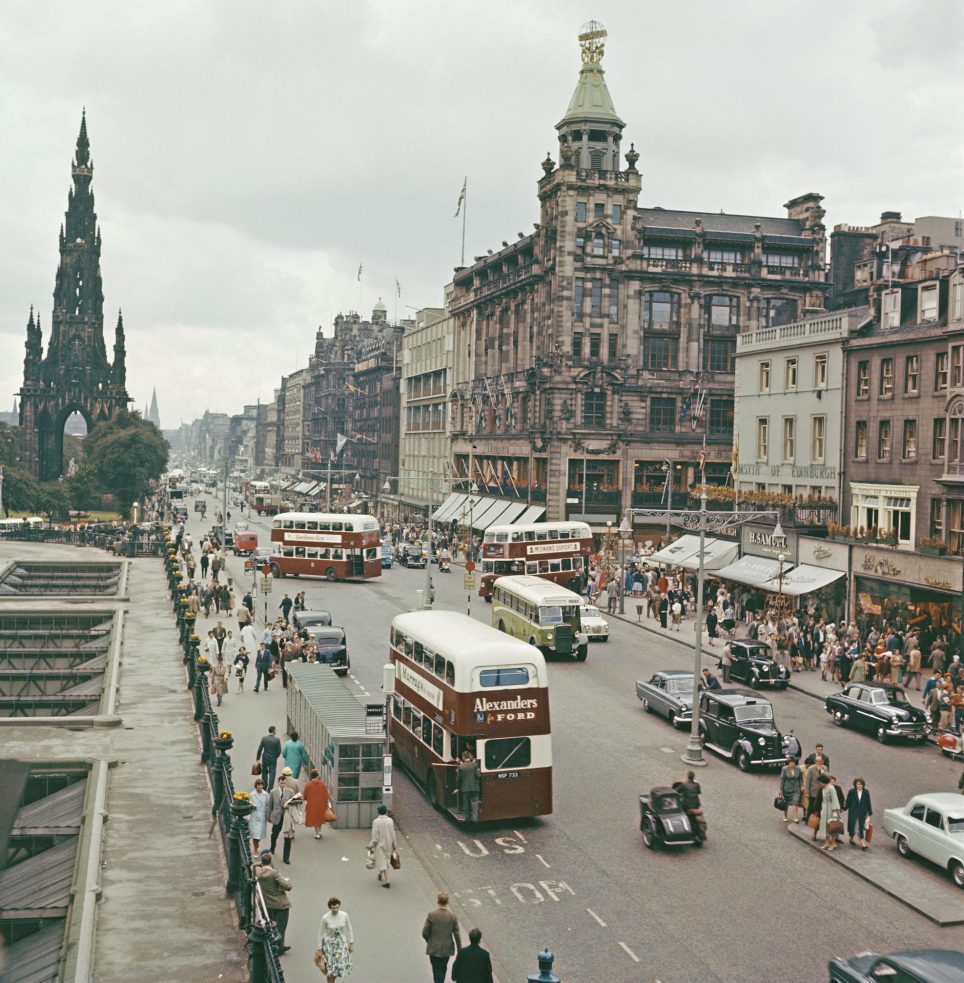 1960 Edinburgh Princes street_2