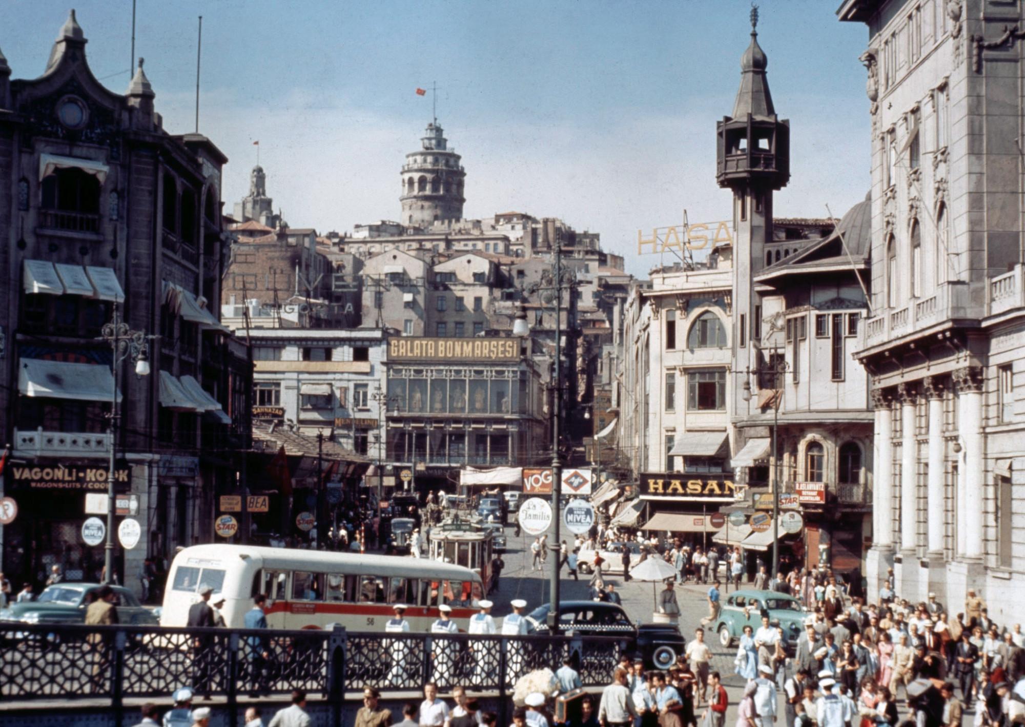 1960 Istanbul Karakoy Square2