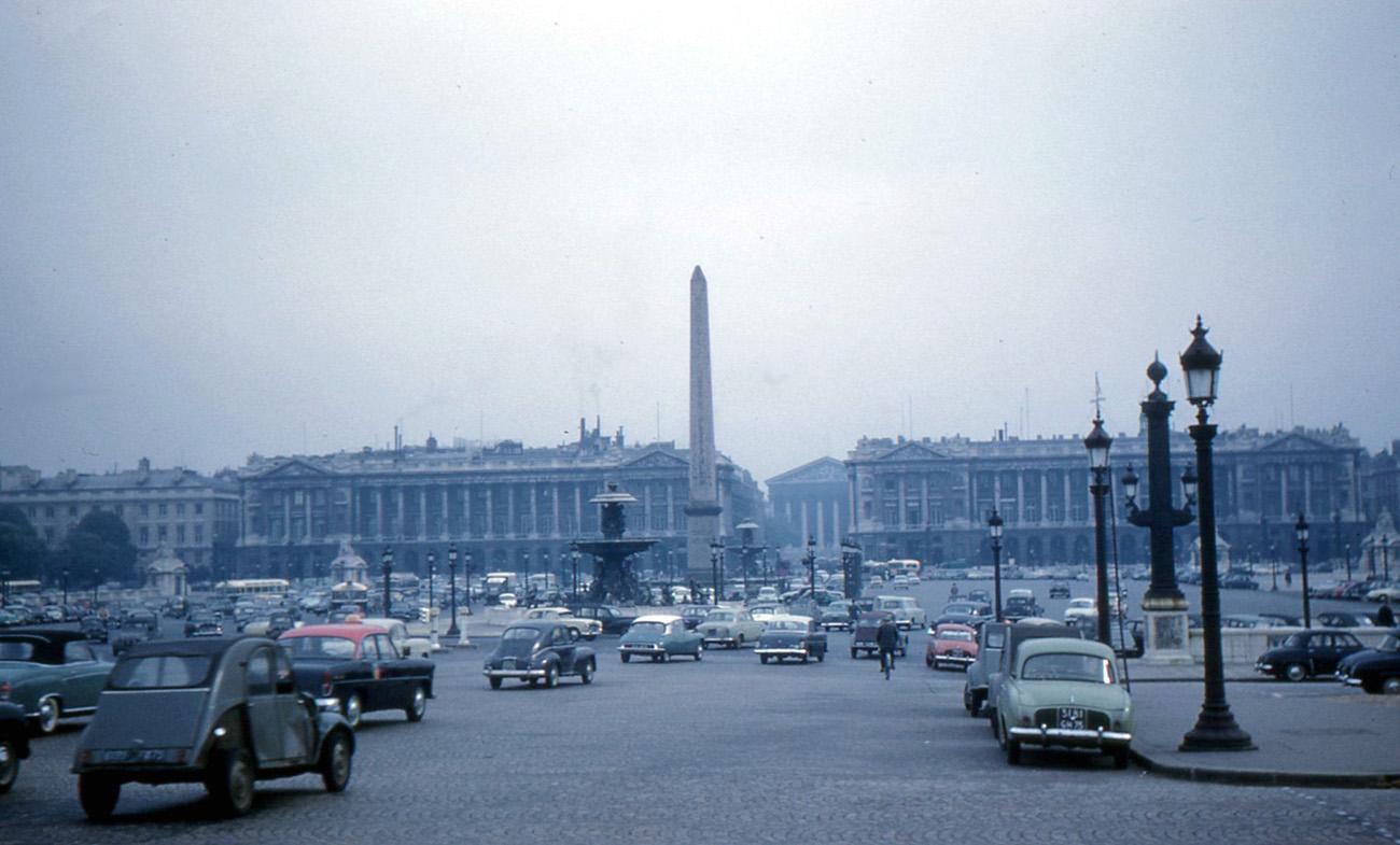 1960 Paris Place_de_la_Concorde_May_12_1960