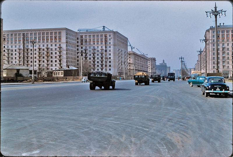 1960 Кутузовский проспект от пересечения с Украинским бульваром в сторону области