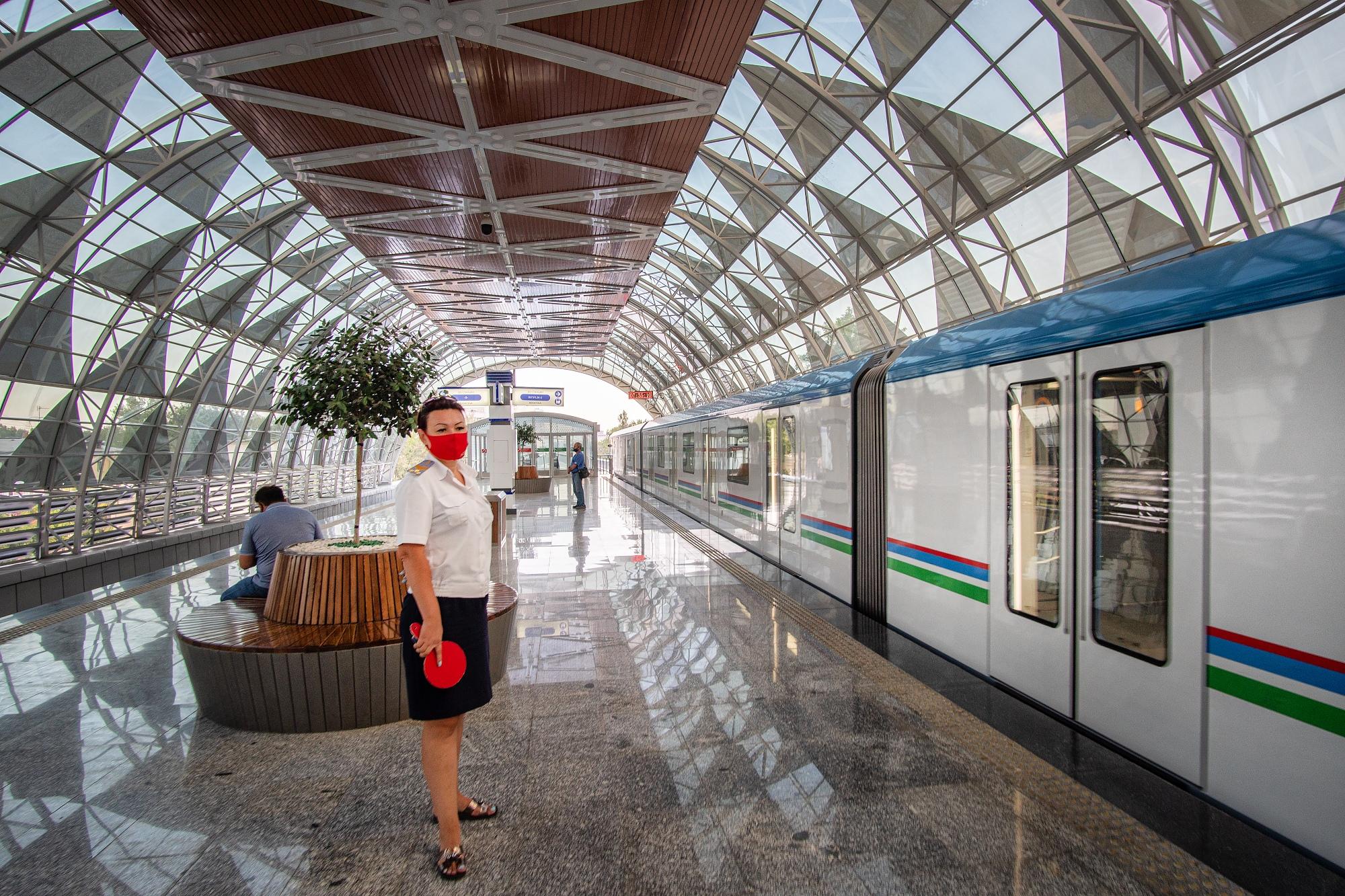 Новая надземная линия метро, открытая в Ташкенте в 2020 году