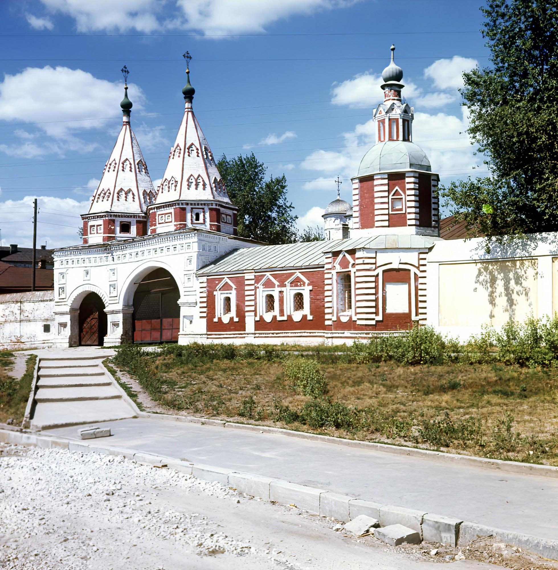 1969 Святые ворота. И. Рогаческий