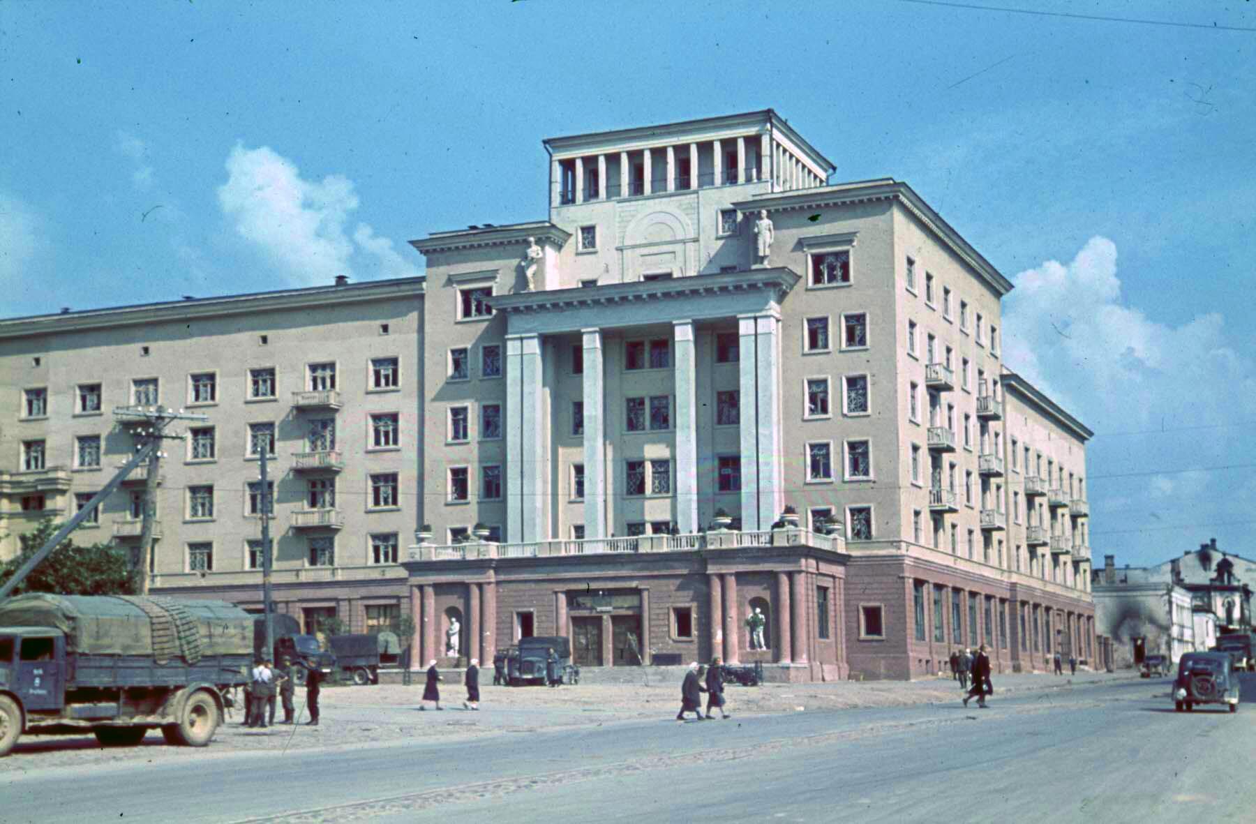 Смоленск в августе 1941-го 1941 Hotels Smolensk, Smolensk, August 1941f
