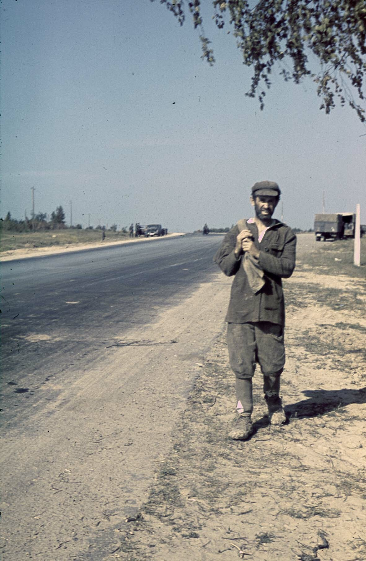 1941 Einheimischer an der Fernstraße Minsk-Moskau, 14. Juli 1941
