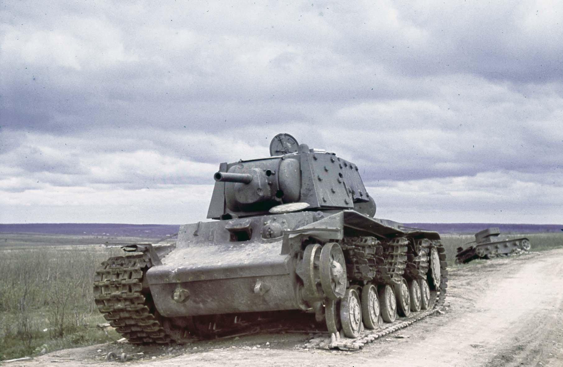 1942 Zerstörte sowjetische Panzer bei Jarzewo, Mai 1942