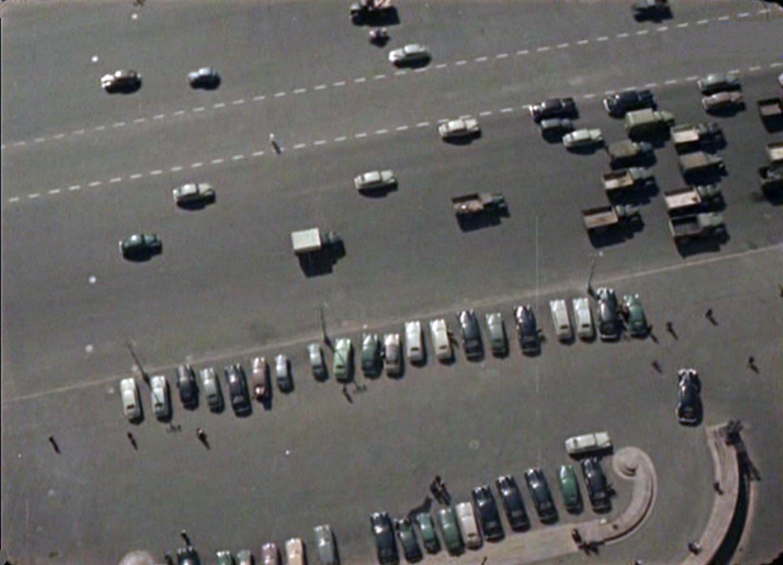 1956 парковка у МИДа