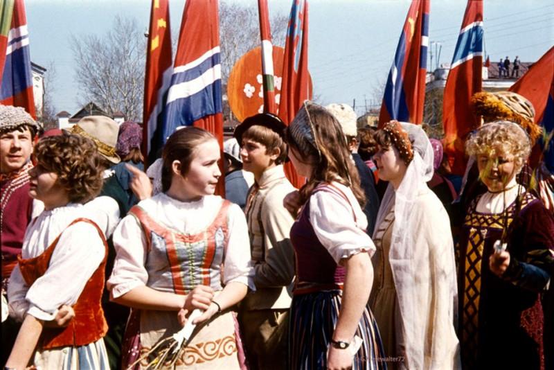1972 Первомай в Торжке4 (2)