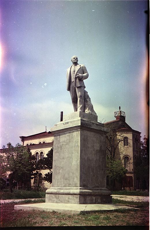 1955 Памятник Ленину. Хухлаев
