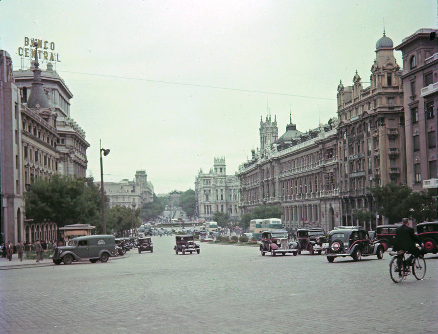 1948c Madrid Street Scene