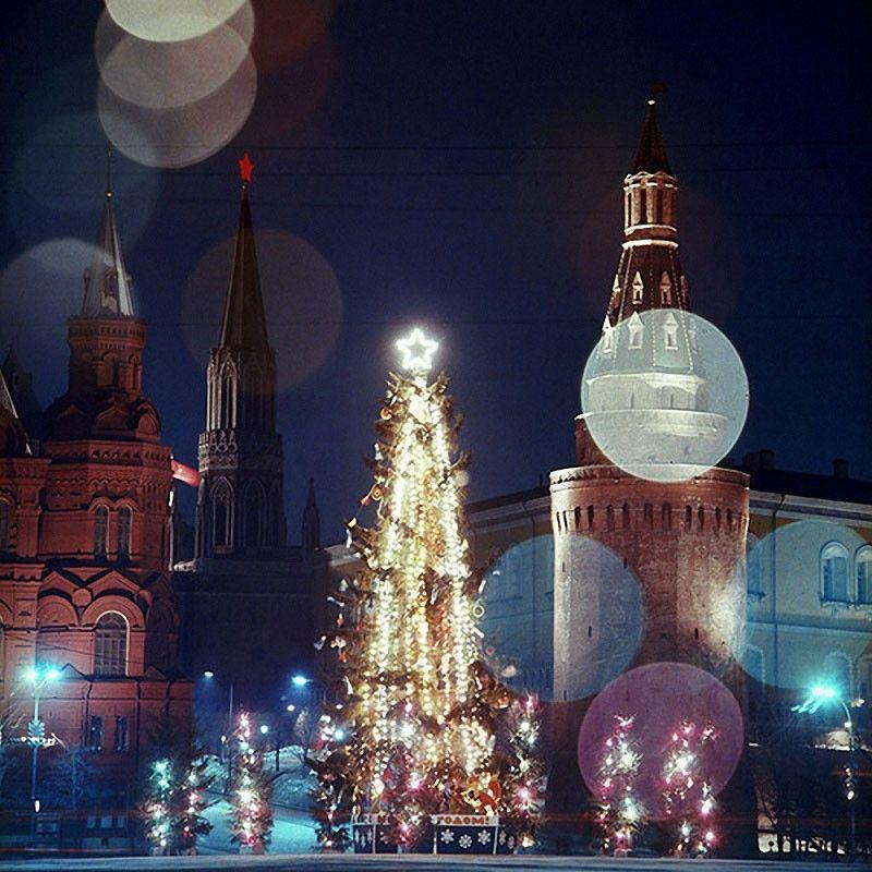 Новогодняя елка на Манежной площади. Москва, 1978 год