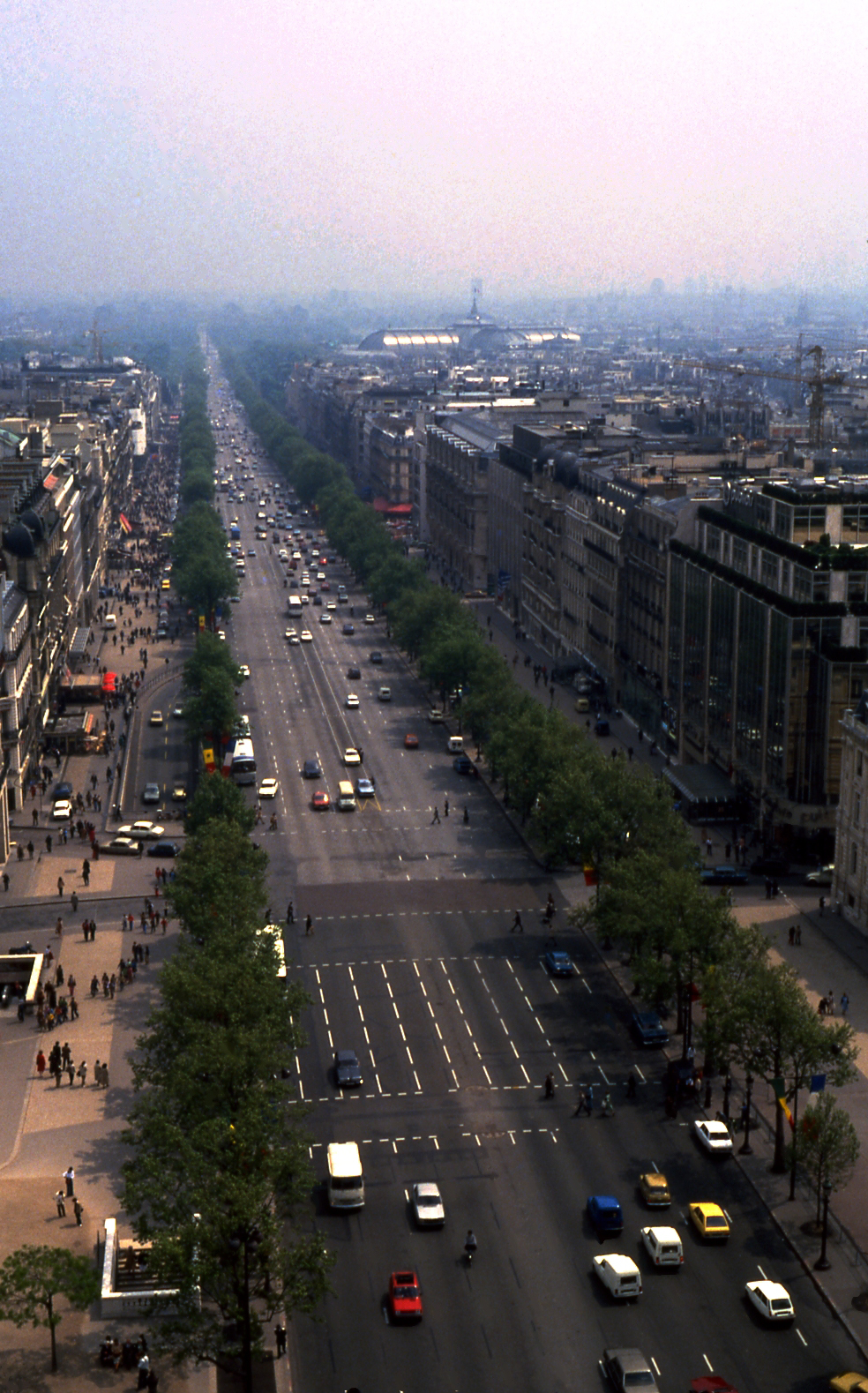 1978 Paris Avenue des Champs Elysees