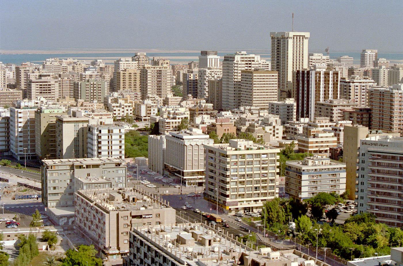 1988 Abu Dhabi view