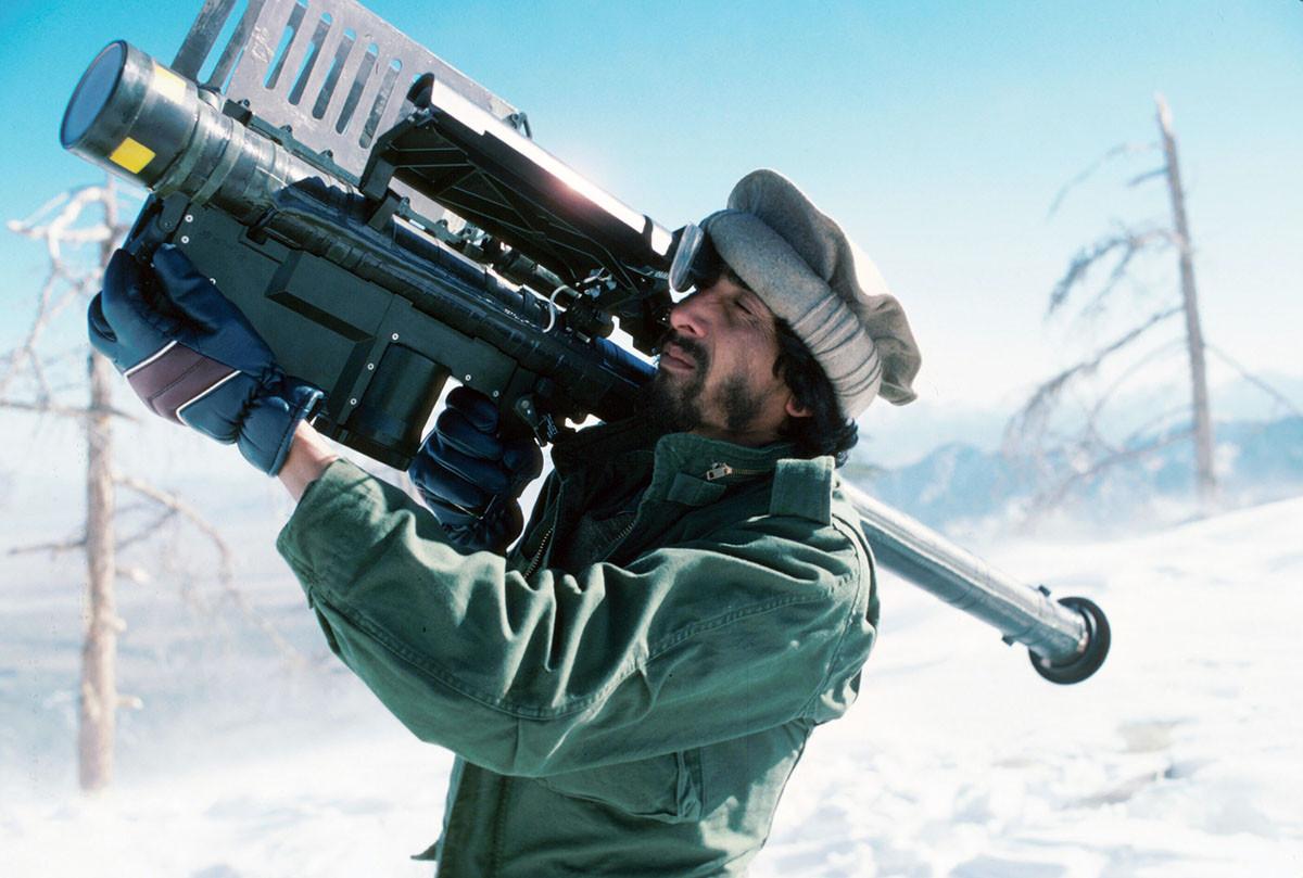 1988 Моджахед со «Стингером», в горах Цфат Кох, в Афганистане