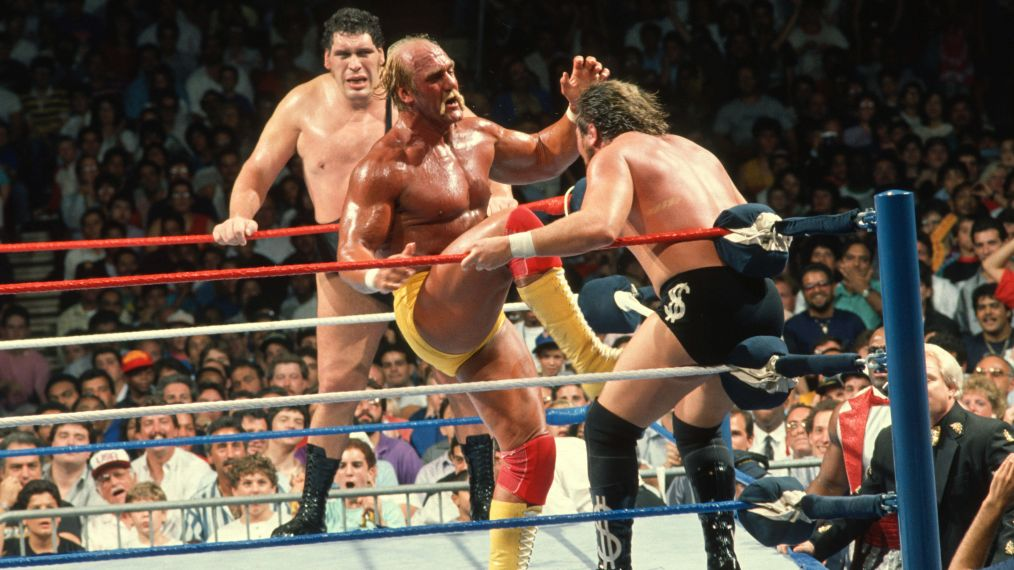 Hulk Hogan battles Ted DiBiase at the 1988 SummerSlam.