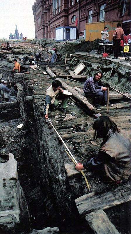 1988 Археологические раскопки во время восстановления Иверских ворот