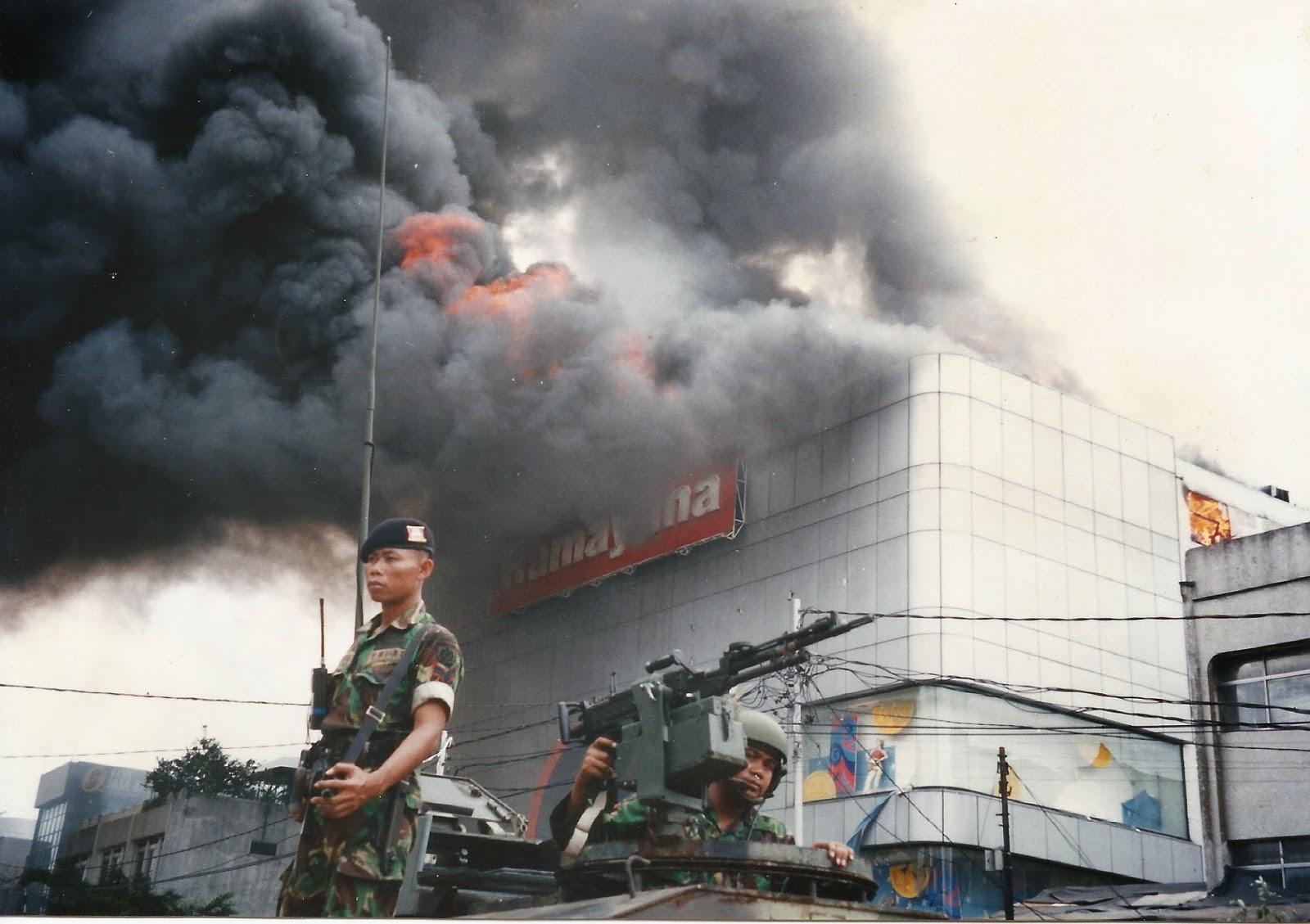 1998 Jakarta unrest3