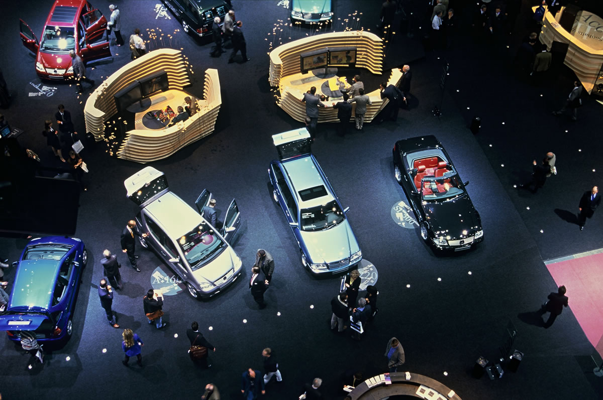 Mercedes-Benz presented its entire model range at the 1998 Geneva Motor Show