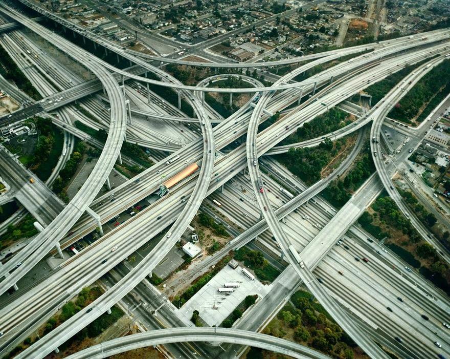 1993 LA Лос-Анджелес многоуровневая развязка была построена в 1993 году