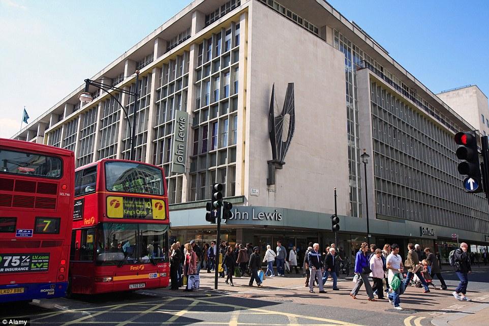 1943 London на развалинах John Lewis Oxford street в Лондоне была организована военная выставка 2015