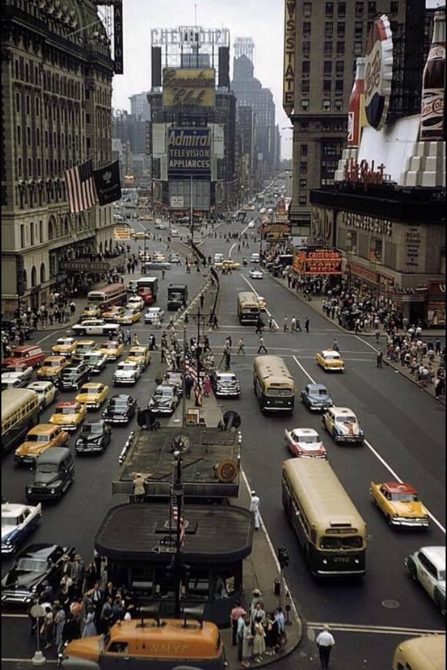1958 Нью-Йорк, Таймс-сквер