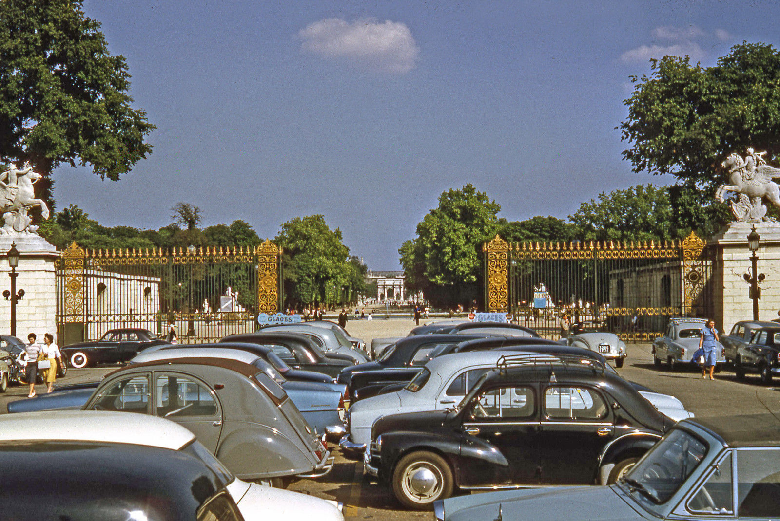 1958 Париж. Tuilleries Gardens Entrance From Place de la Concorde