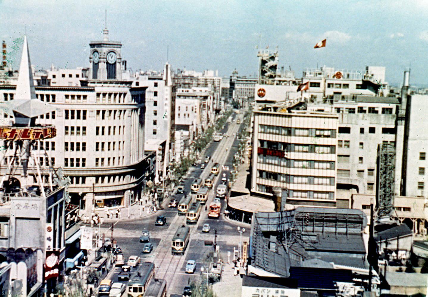 1958 Токио, Гинза