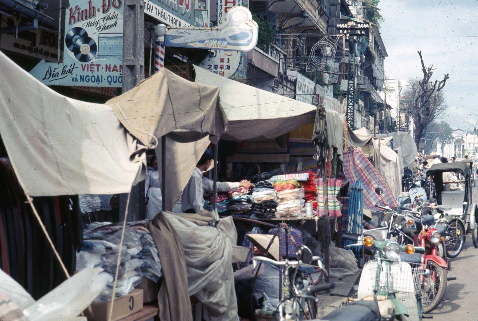 1968 Saigon Shops on Le Loi2