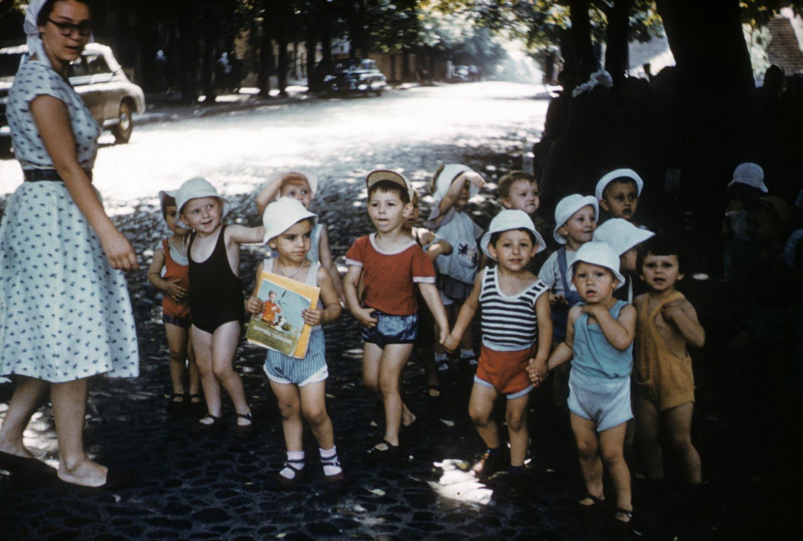 1958 Дети в Киеве. John Shultz