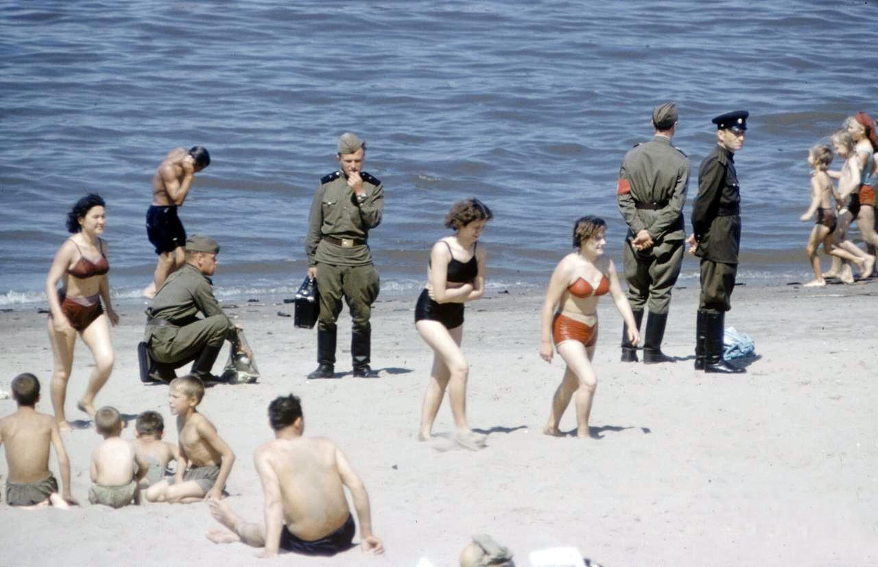 1958 пляж в Куйбышеве2