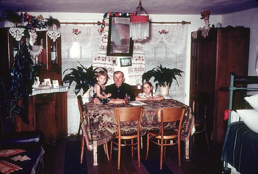 1958 Украина Колхоз Коммунист образцовый дом в классической обстановке