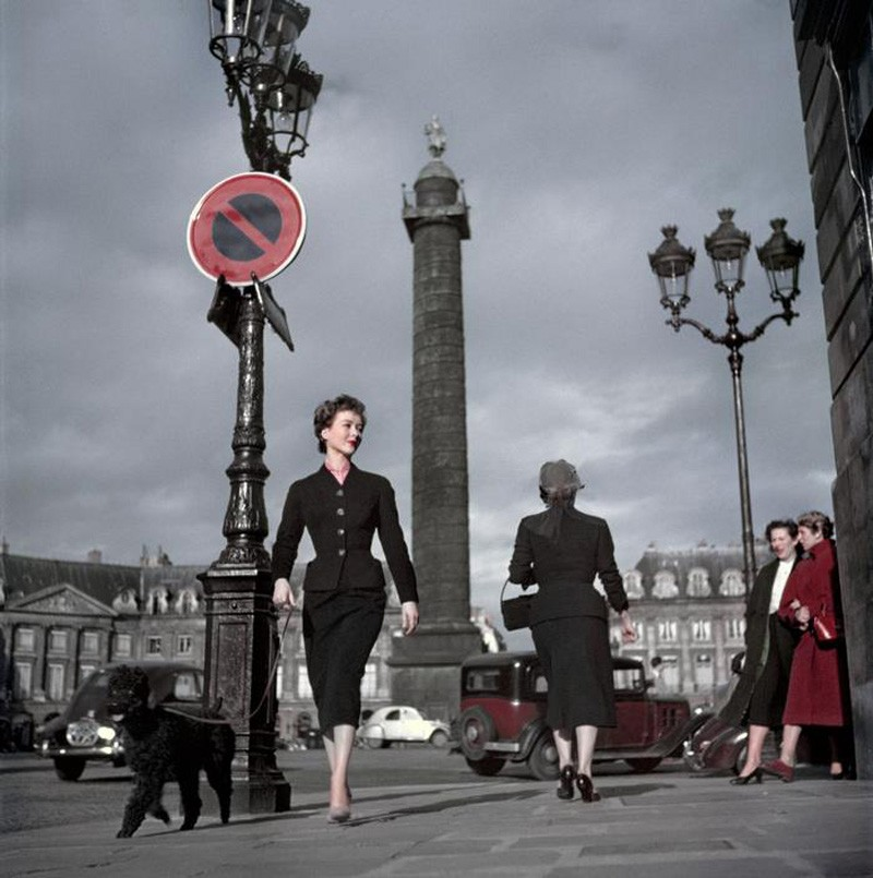1948 Paris Vendome Square Dior model by Capa
