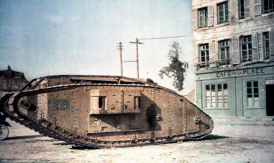 1918 English tank Perrone near Amiens