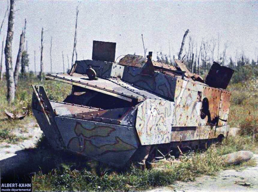 1918 Wrecked French Army Schneider CA1 Tank
