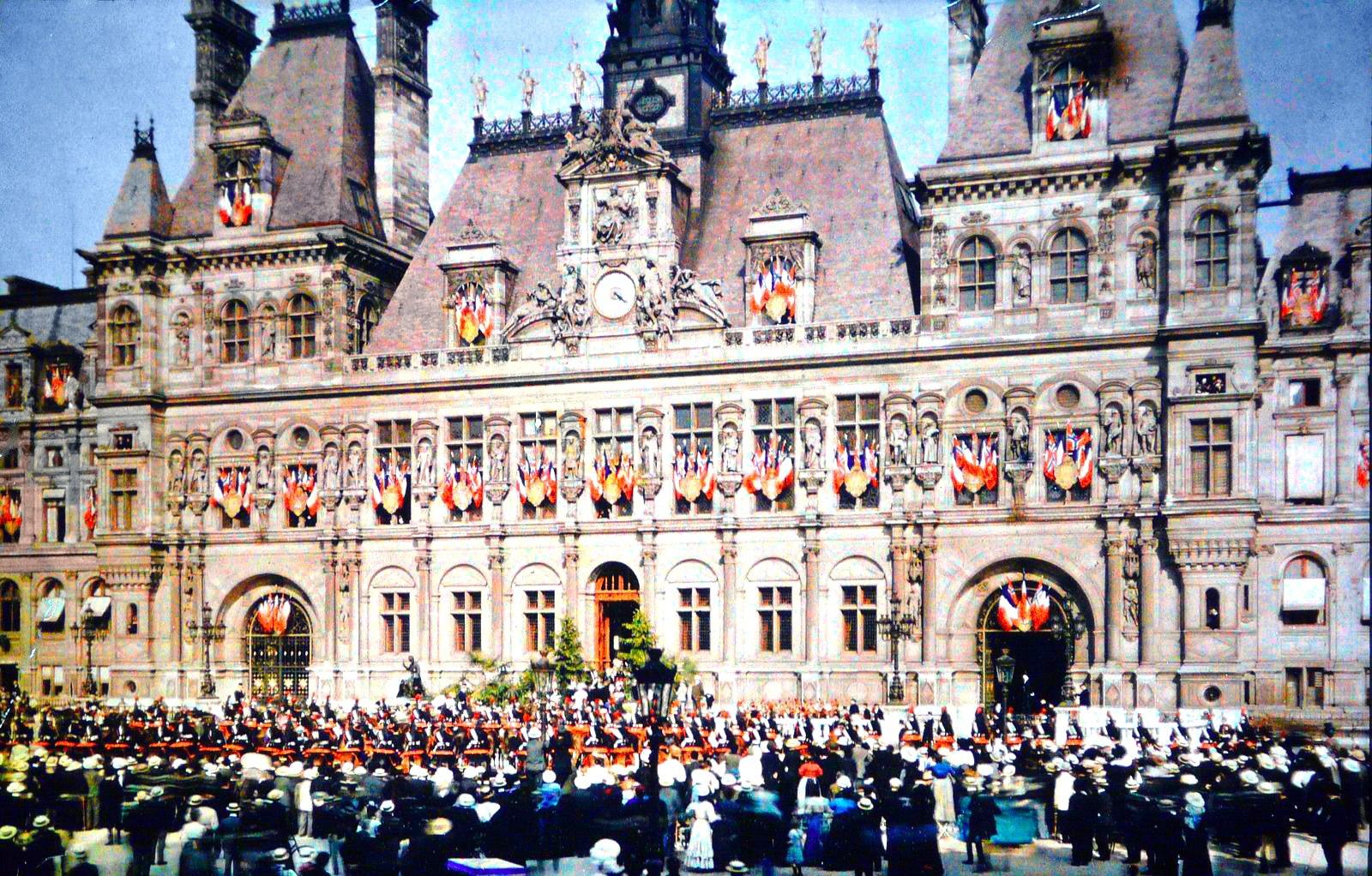1918-Hotel-de-Ville. Fete de la Victoire Novembre 1918