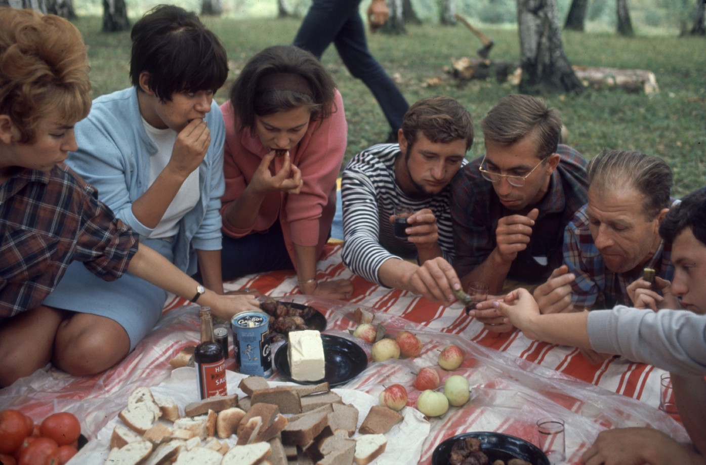 A group of Soviet Metallurgical Institute students enjoy a picnic in a park near Moscow, Russia, August 1968. Bill Eppridge