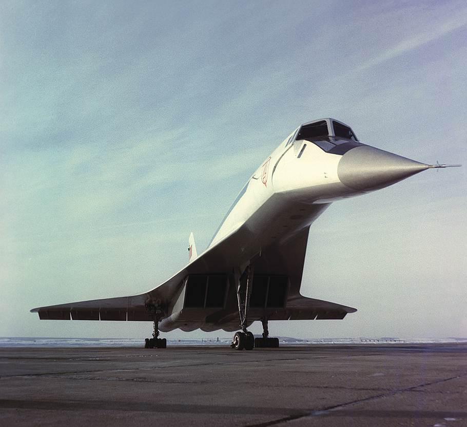 ТУ-144 Первый полет он совершил 31 декабря 1968 года, фото Ю. Чуприков ТАСС