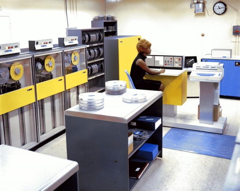 1968 В вычислительном центре космического дивизиона американской машиностроительной корпорации General Dynamics