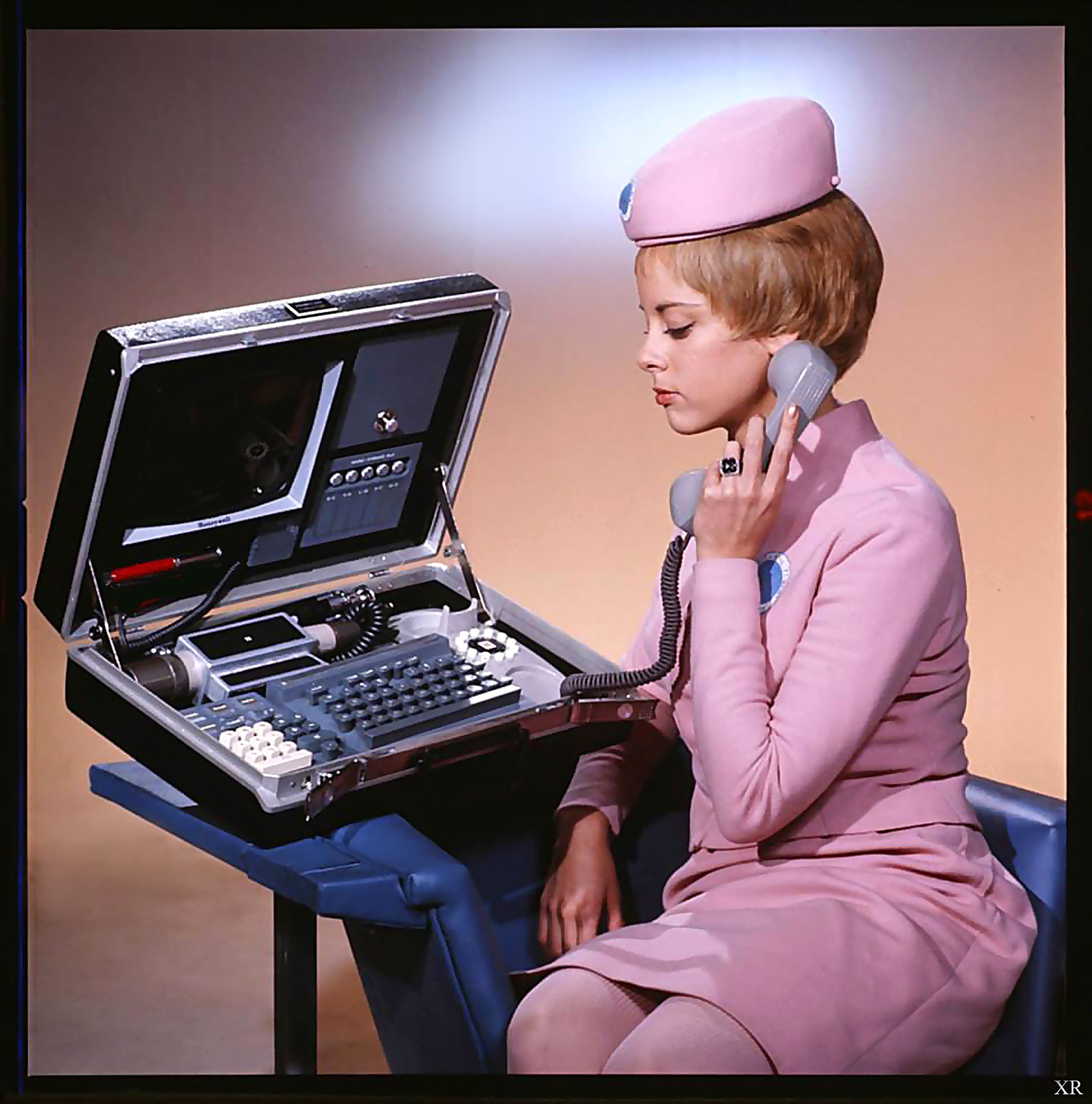 Кадр из научно-фантастического фильма 1968 года Стэнли Кубрика Космическая одиссея 2001 года