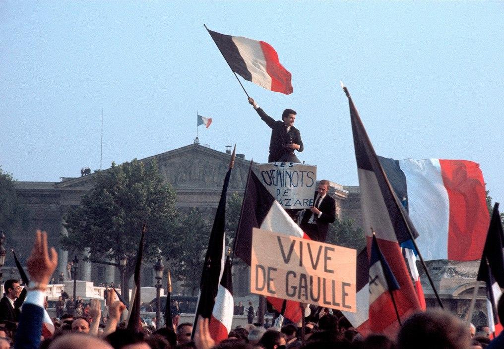 1968 Красный май в Париже в объективе фотографа Бруно Барби
