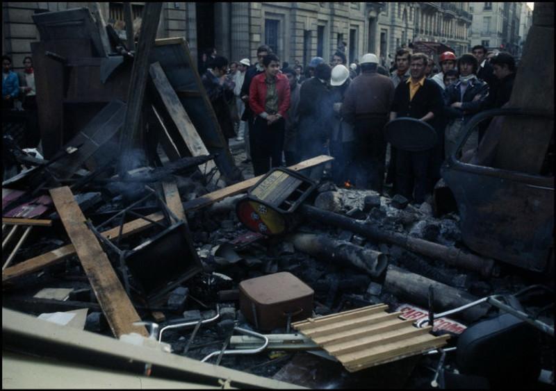1968 Красный май в Париже в объективе фотографа Бруно Барби30