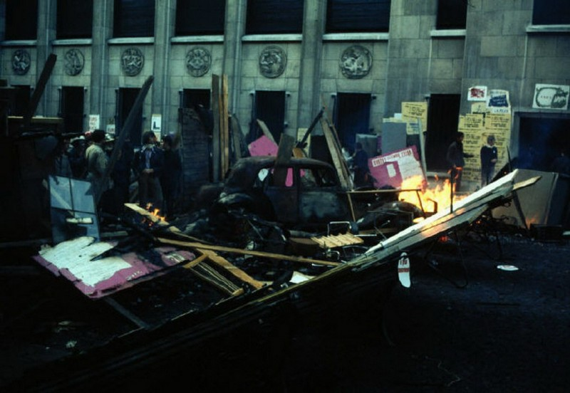 1968 Красный май в Париже в объективе фотографа Бруно Барби31